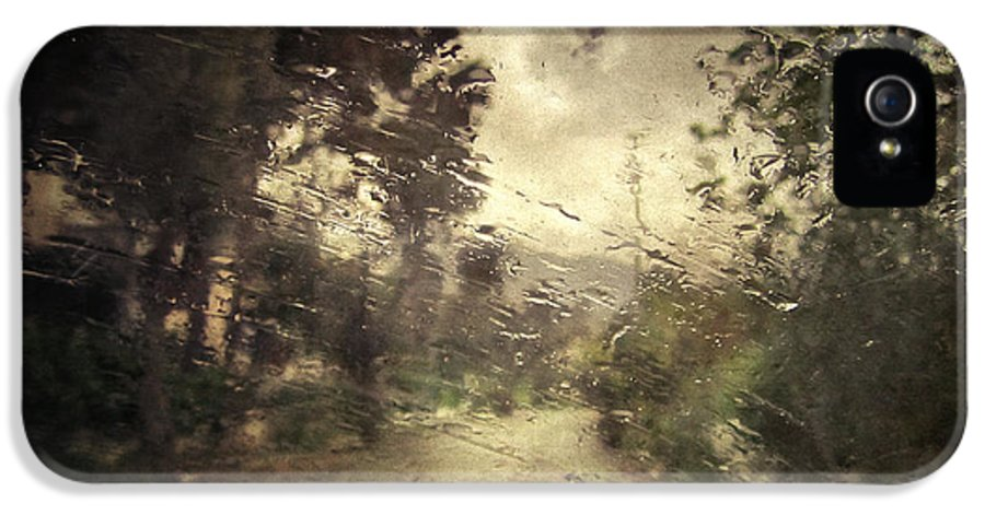 Rain IPhone 5 Case featuring the photograph La Pluie 4.45 by Taylan Apukovska