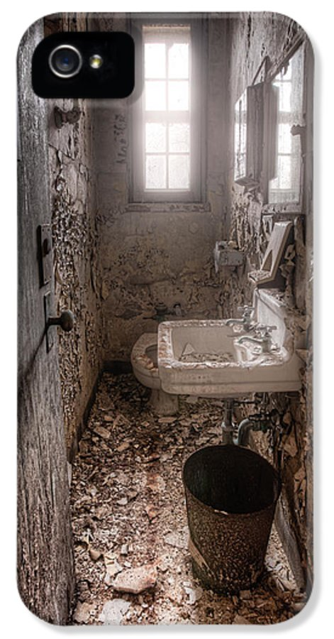 Abandoned Places IPhone 5 Case featuring the photograph Ladies Room by Gary Heller