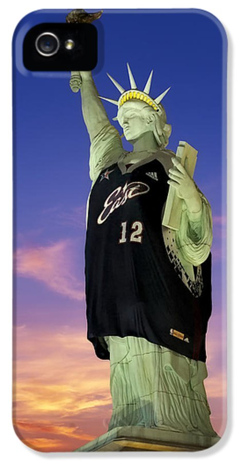 # 12 IPhone 5 Case featuring the photograph Lady Liberty Dressed Up For The Nba All Star Game by Susan Candelario