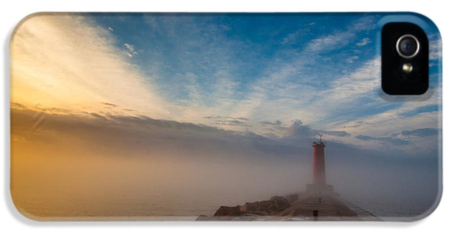 Lake Michigan IPhone 5 Case featuring the photograph Let There Be Light by Daniel Chen