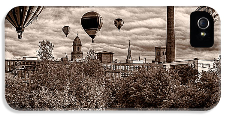 Hot Air Balloon IPhone 5 Case featuring the photograph Lewiston Maine Hot Air Balloons by Bob Orsillo