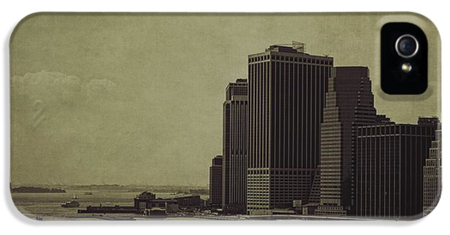 Manhattan IPhone 5 Case featuring the photograph Liberty Scale by Andrew Paranavitana