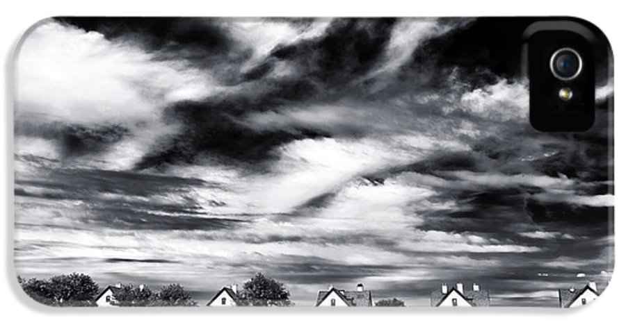 Lined Up In Sandy Hook IPhone 5 Case featuring the photograph Lined Up In Sandy Hook by John Rizzuto