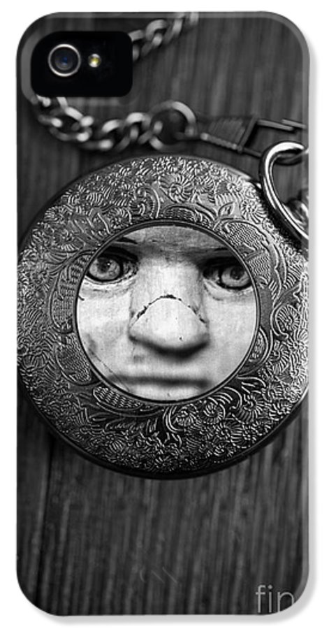 Creepy IPhone 5 Case featuring the photograph Look Behind You by Edward Fielding