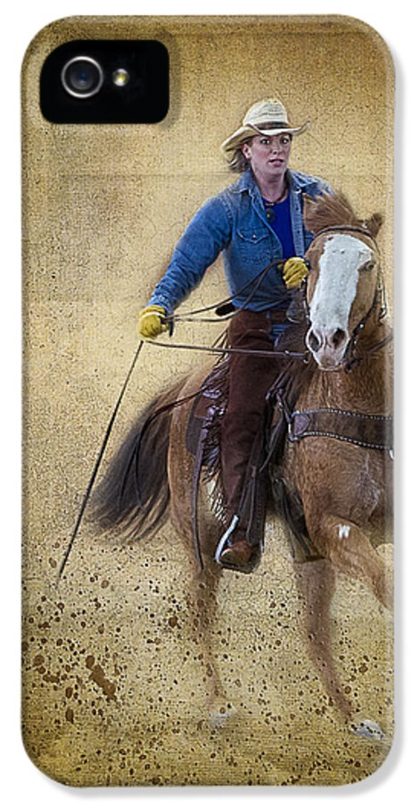 Animals IPhone 5 Case featuring the photograph Making The Turn by Susan Candelario