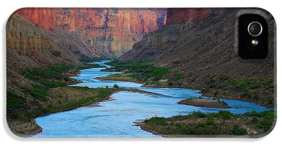 America IPhone 5 Case featuring the photograph Marble Canyon Rafters by Inge Johnsson