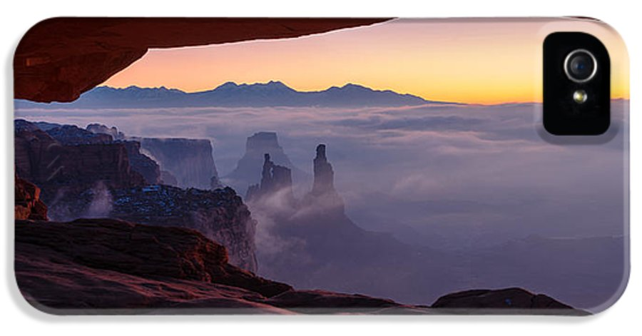 Canyonlands IPhone 5 Case featuring the photograph Mesa Mist by Chad Dutson
