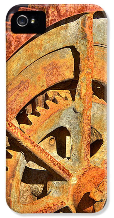 Gears IPhone 5 Case featuring the photograph Meshing Gears by Phyllis Denton