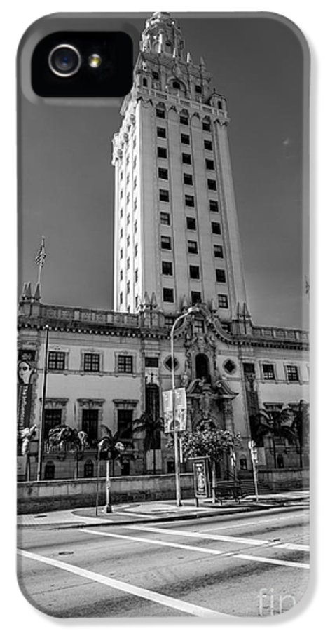 America IPhone 5 Case featuring the photograph Miami Freedom Tower 4 - Miami - Florida - Black And White by Ian Monk
