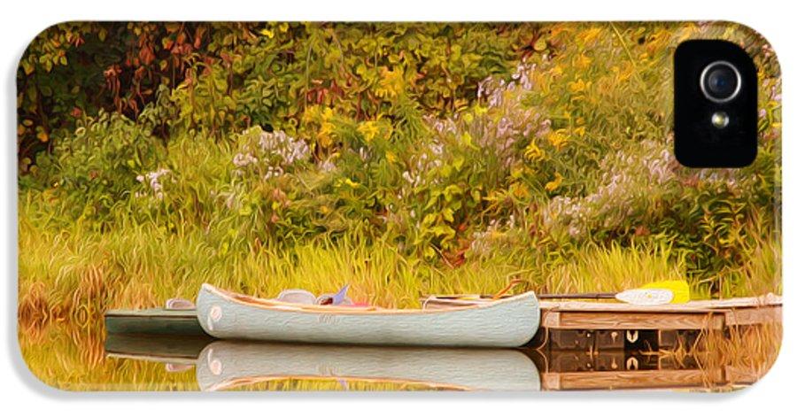 Canoe IPhone 5 Case featuring the photograph Montpelier Canoe by Deborah Benoit