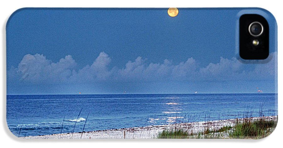 Alabama Photographer IPhone 5 Case featuring the digital art Moon Over Beach by Michael Thomas