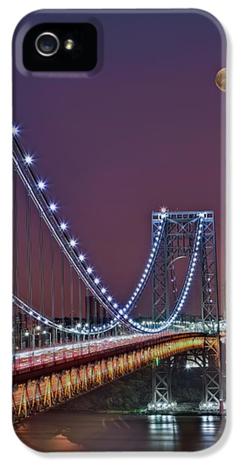 Full Moons IPhone 5 Case featuring the photograph Moon Rise Over The George Washington Bridge by Susan Candelario