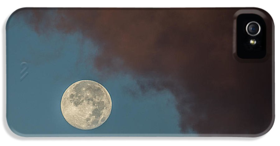Moon IPhone 5 Case featuring the photograph Moon Transition From Night To Day by Rene Triay Photography