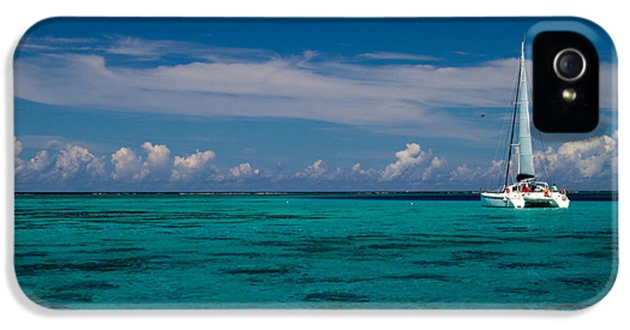 Moorea IPhone 5 Case featuring the photograph Moorea Lagoon No 16 by David Smith