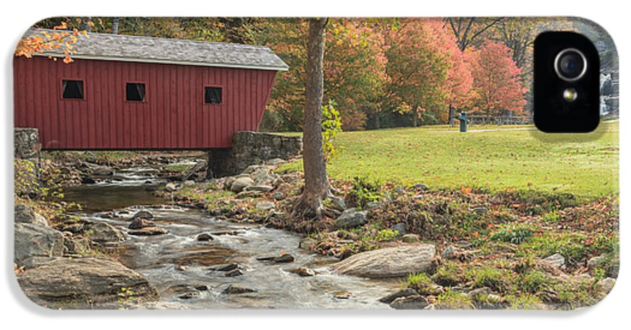 Covered Bridge IPhone 5 Case featuring the photograph Morning At The Park by Bill Wakeley