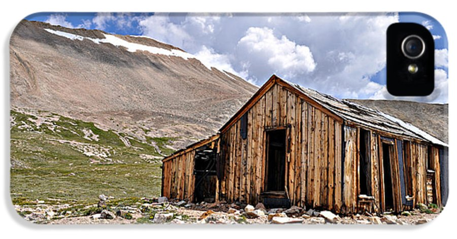 Shack IPhone 5 Case featuring the photograph Mt. Sherman by Aaron Spong