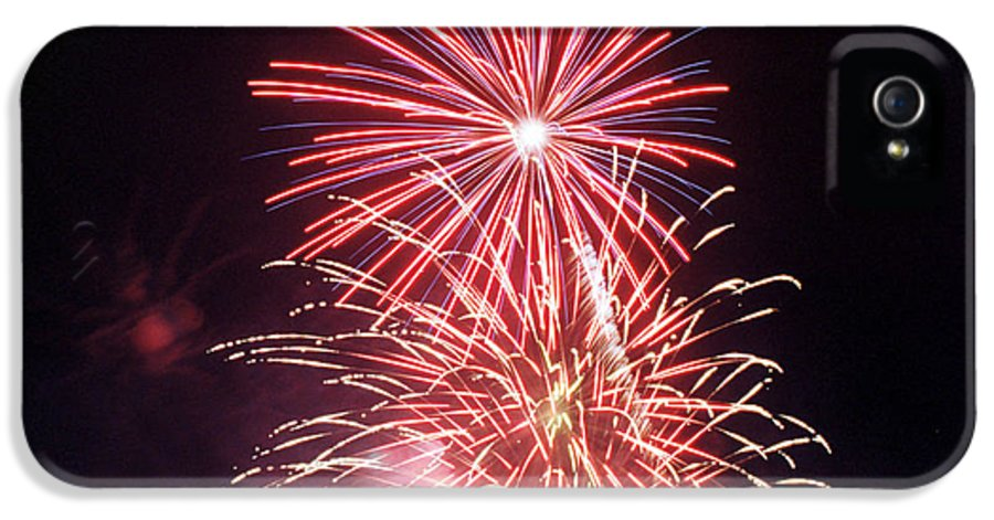 Night IPhone 5 Case featuring the photograph 4th Of July Fireworks 1 by Howard Tenke