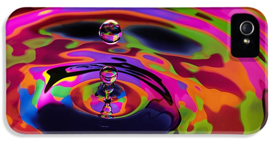 Digital Art IPhone 5 Case featuring the photograph Multicolor Water Droplets 2 by Imani Morales