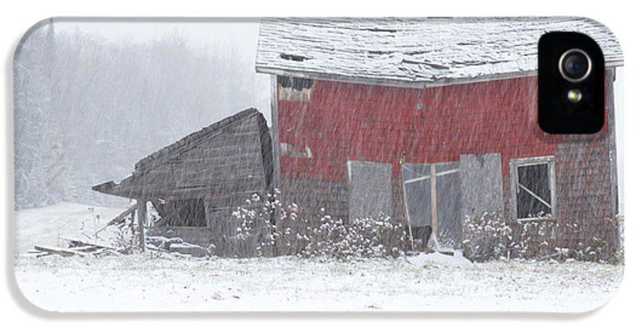 Barn IPhone 5 Case featuring the photograph Needs Work by Jack Zievis