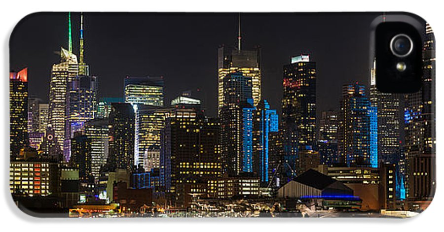 New York IPhone 5 / 5s Case featuring the photograph New York In Blue by Mike Reid