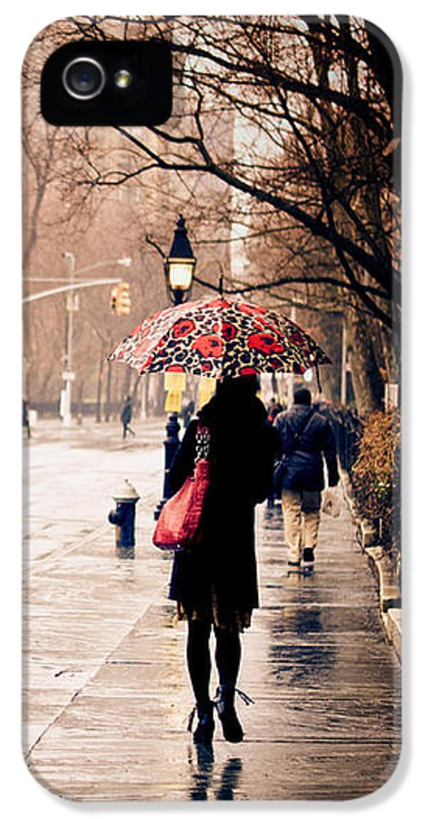 New York City IPhone 5 Case featuring the photograph New York Rain - Greenwich Village by Vivienne Gucwa