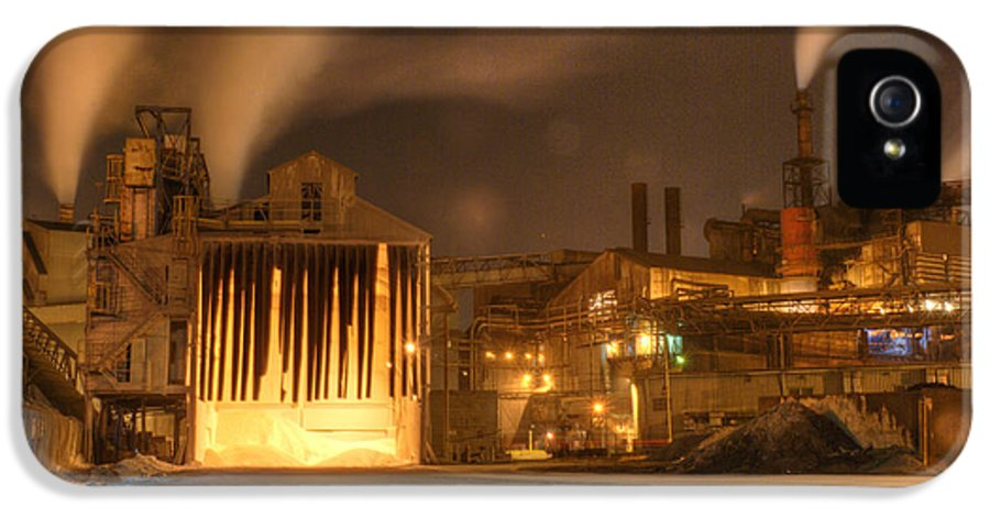 Architecture IPhone 5 Case featuring the photograph Night Shift by Juli Scalzi