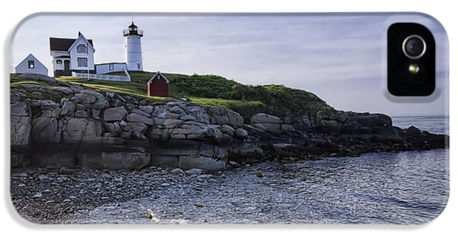 Cape Neddick IPhone 5 Case featuring the photograph Nubble Dawn by Joan Carroll
