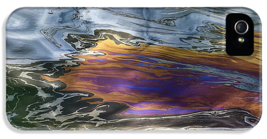 Oil Slick IPhone 5 Case featuring the photograph Oil Slick Abstract by Sheldon Kralstein
