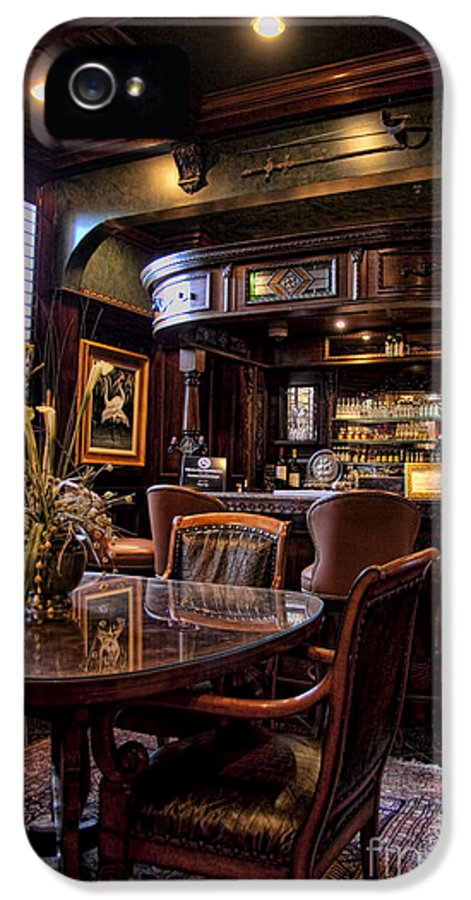 Vintage IPhone 5 Case featuring the photograph Old Bar In Charleston Sc by David Smith