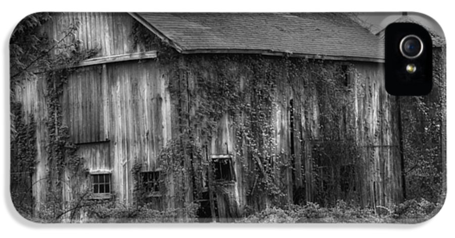 Relic IPhone 5 Case featuring the photograph Old Barn by Bill Wakeley