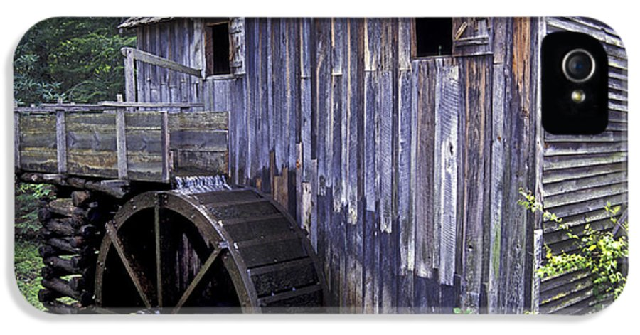 Grist Mill IPhone 5 Case featuring the photograph Old Cades Cove Mill by Paul W Faust - Impressions of Light