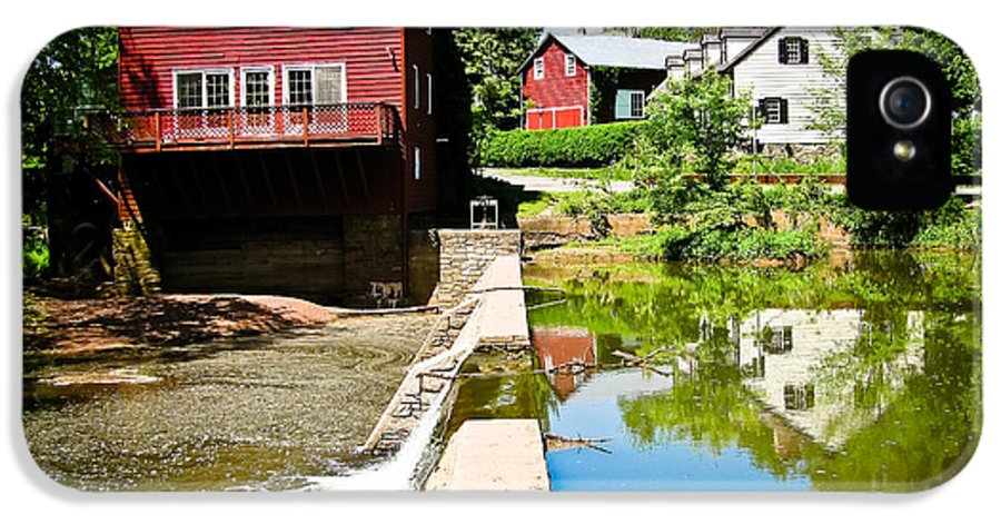 Grist Mill IPhone 5 Case featuring the photograph Old Grist Mill by Colleen Kammerer