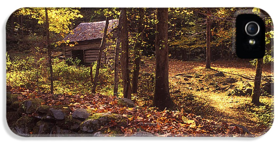 Appalachian IPhone 5 Case featuring the photograph Old Mountain Shed by Paul W Faust - Impressions of Light