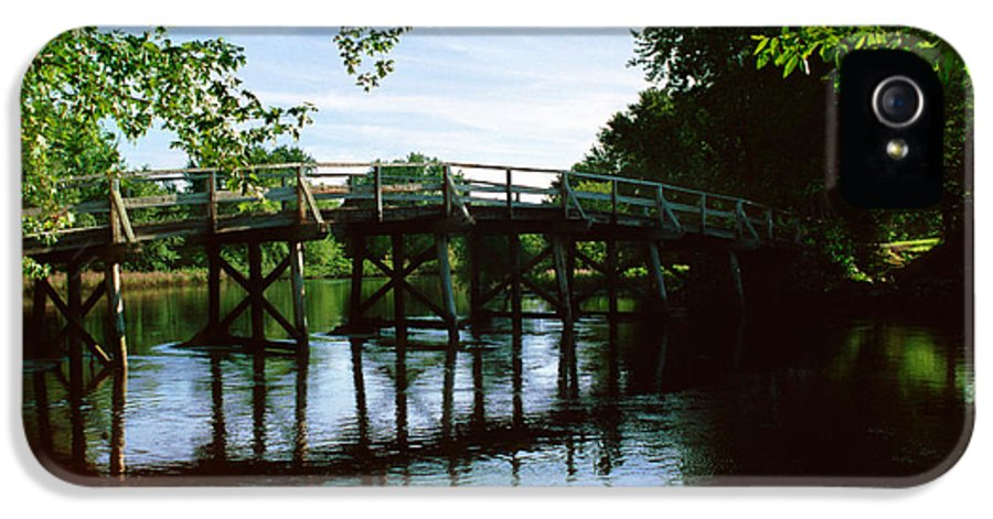 Old IPhone 5 Case featuring the photograph Old North Bridge by Jo Ann Snover