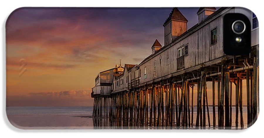 Old Orchard Beach IPhone 5 Case featuring the photograph Old Orchard Beach Pier Sunset by Susan Candelario