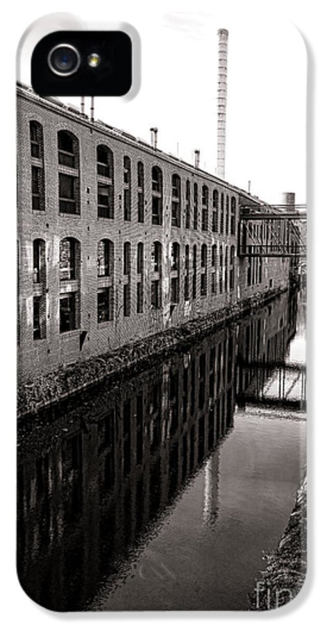 Washington IPhone 5 Case featuring the photograph Once Industrial Georgetown by Olivier Le Queinec