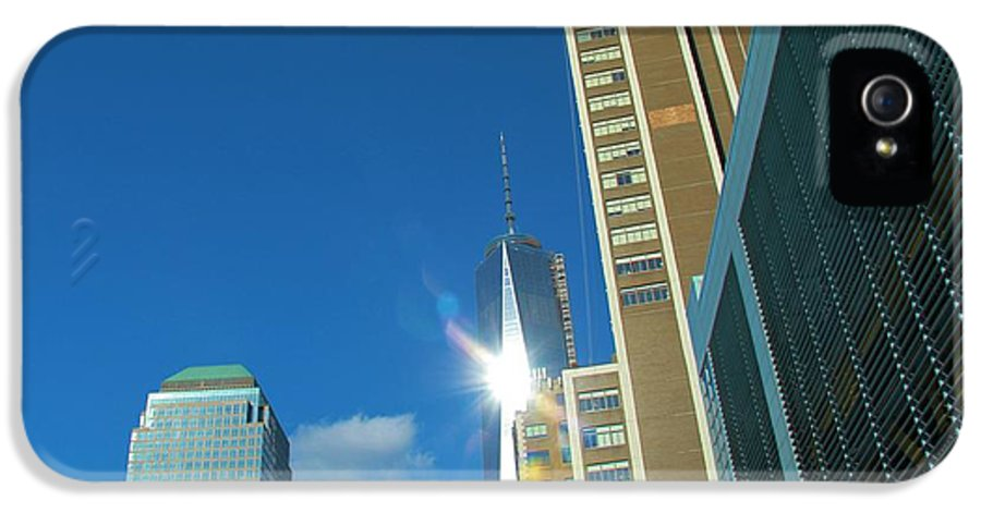 One World Trade Center IPhone 5 Case featuring the photograph One World Trade Center by Dan Sproul