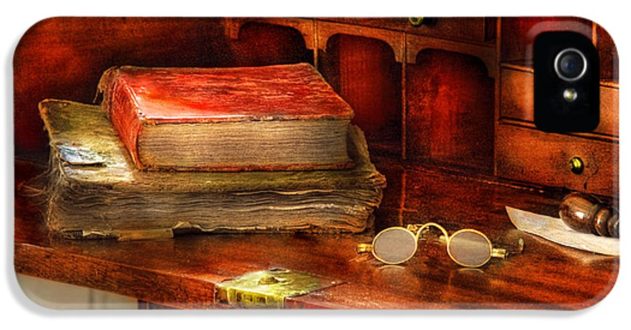 Optometrist IPhone 5 Case featuring the photograph Optometrist - Glasses - The Secretary by Mike Savad