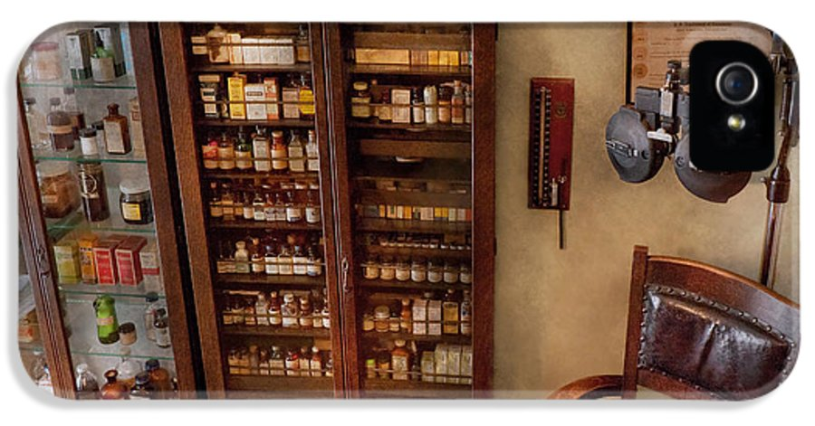Hdr IPhone 5 Case featuring the photograph Optometrist - The Optometrists Office by Mike Savad