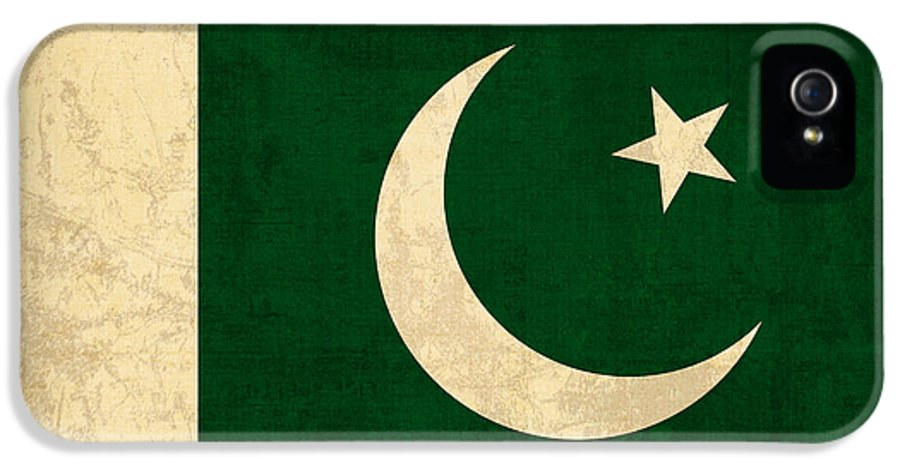 Pakistan IPhone 5 Case featuring the mixed media Pakistan Flag Vintage Distressed Finish by Design Turnpike