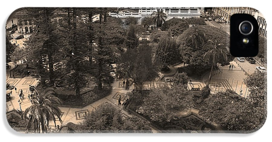 Parque IPhone 5 Case featuring the photograph Parque Calderon And The Old Cathedral In Cuenca Ecuador by Al Bourassa