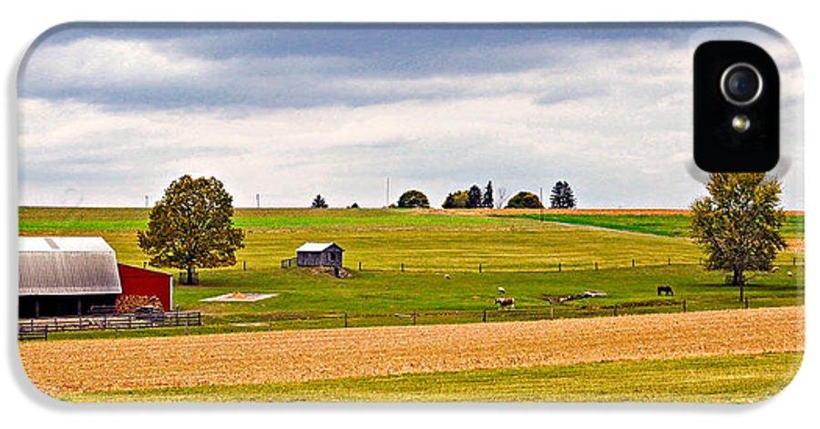 Pennsylvania IPhone 5 Case featuring the photograph Pastoral Pennsylvania by Steve Harrington