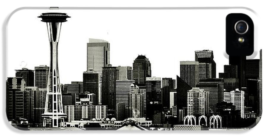 Seattle IPhone 5 Case featuring the photograph Patriotic Seattle by Benjamin Yeager