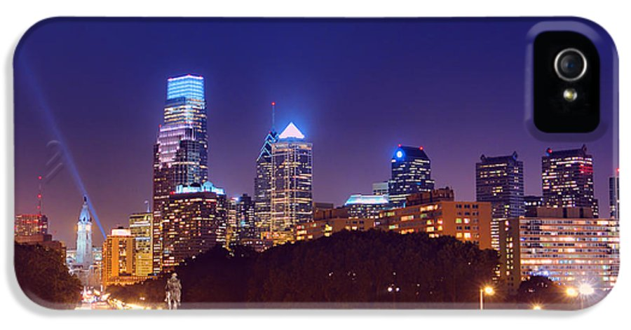 Philadelphia IPhone 5 Case featuring the photograph Philadelphia Nightscape by Olivier Le Queinec