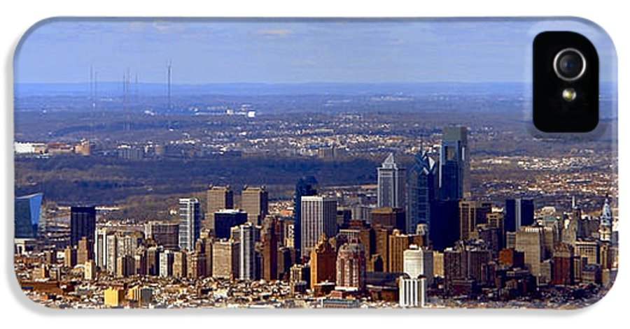 Philadelphia IPhone 5 Case featuring the photograph Philadelphia by Olivier Le Queinec