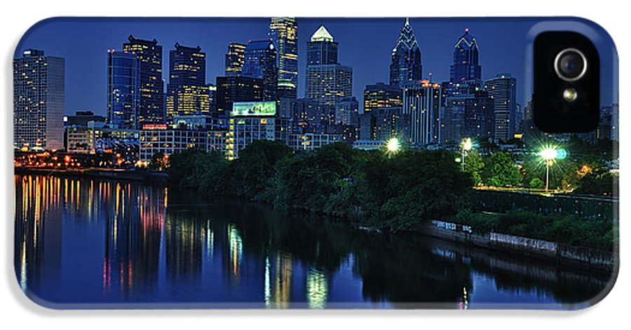 Philadelphia IPhone 5 Case featuring the photograph Philly Skyline by Mark Fuller