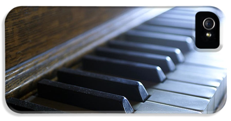 Piano Keys IPhone 5 Case featuring the photograph Piano Keys by Jon Neidert