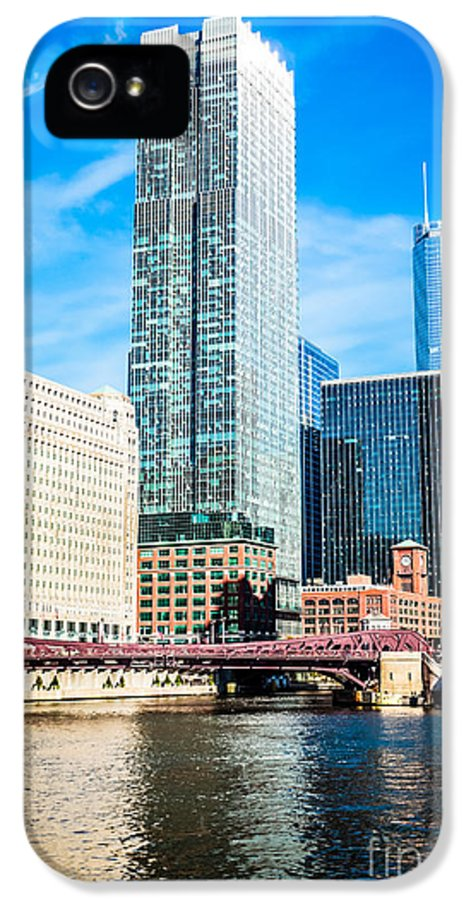 300 North Lasalle Building IPhone 5 Case featuring the photograph Picture Of Chicago River Skyline At Franklin Bridge by Paul Velgos