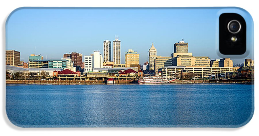 America IPhone 5 Case featuring the photograph Picture Of Peoria Illinois Skyline by Paul Velgos