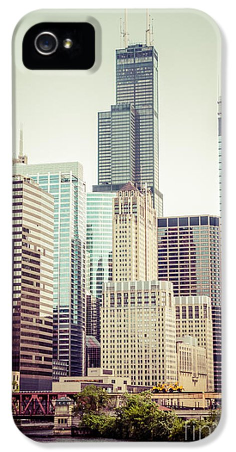 America IPhone 5 / 5s Case featuring the photograph Picture Of Vintage Chicago With Sears Willis Tower by Paul Velgos